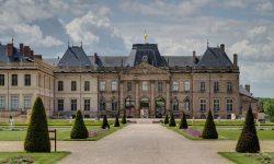 1024px-Chateau_de_Lunéville_-_2012-05-16