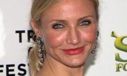 800px-Cameron_Diaz_cropped