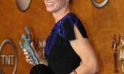 800px-Sandra_Bullock_at_the_2010_SAG_Awards