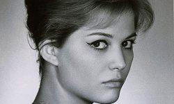 Claudia_Cardinale-signed