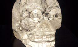 Craniile-de-cristal