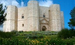 Castelul-misterios-din-Italia-al-împăratului-Frederick-al-II